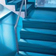 橡胶楼梯踏步如何快速修补?森納品牌橡胶地板